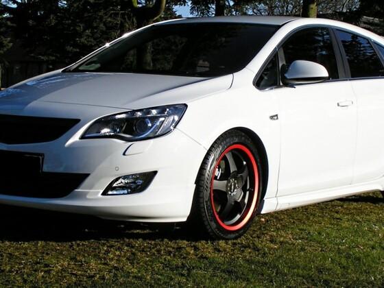 Opel Astra J 5-Türer Sport 2,0 CDTi
