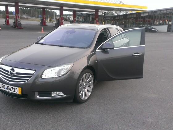 Insignia (Opel Insignia - Sports Tourer)
