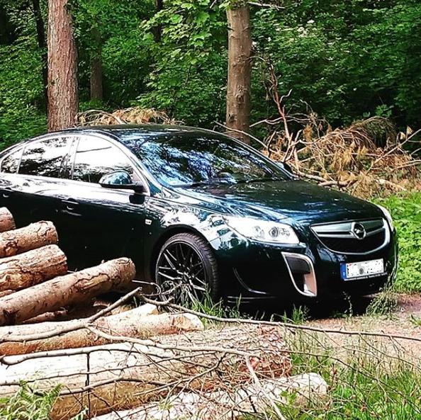 Opel Insignia A OPC 2.8 V6 4x4 Turbo in Smaragdgrün