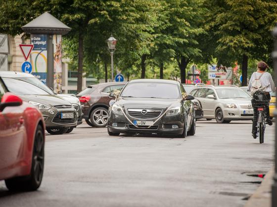 Opel Insignia KW V3 Gewindefahrwerk by gepfeffert.com & Simons Abgasanlage BMW X6 Hybrid Abgelegt & Aufgeladen