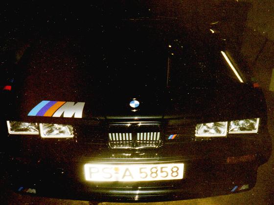 BMW 320i (9)